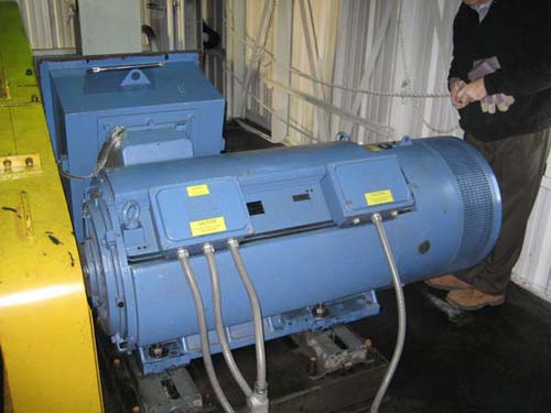 Electric motor that drives coal crusher