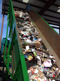 Infeed Conveyor to Multi-Stream Recycling System