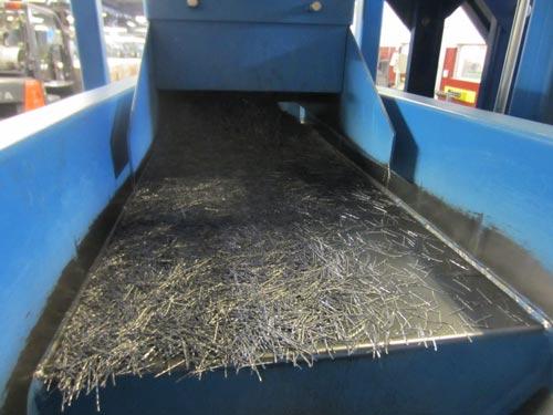 box-filling-system-metal-fibers-on-feeder