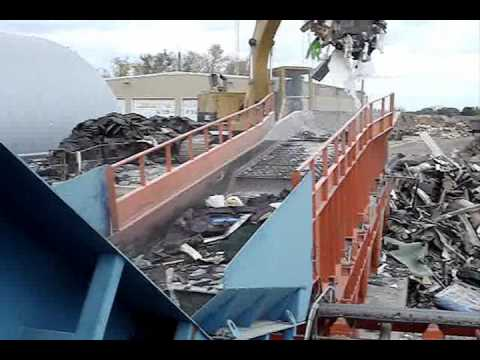 Vibrating Finger-Screen for Recycling