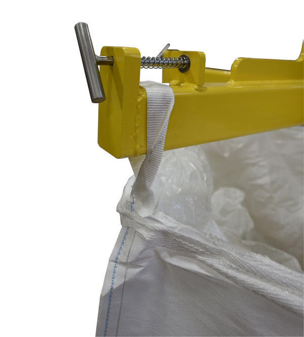 securing bulk bag to unloader lifting frame
