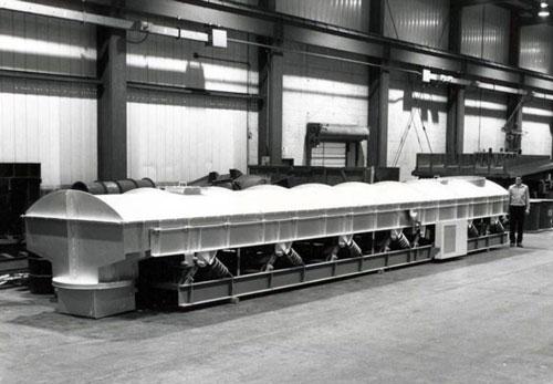vibrating indirect cooling conveyor system