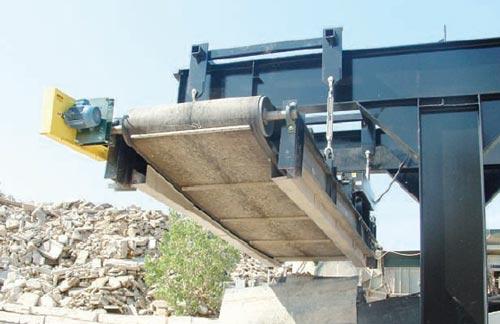 Concrete Recycling Removing Rebar