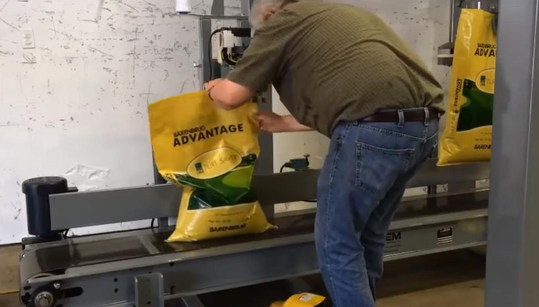 Bag Closing Conveyor for Open Mouth Bags