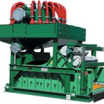 dewatering machine for water and fine solids separation