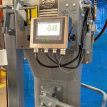 side view of digital gross weight bagging scale