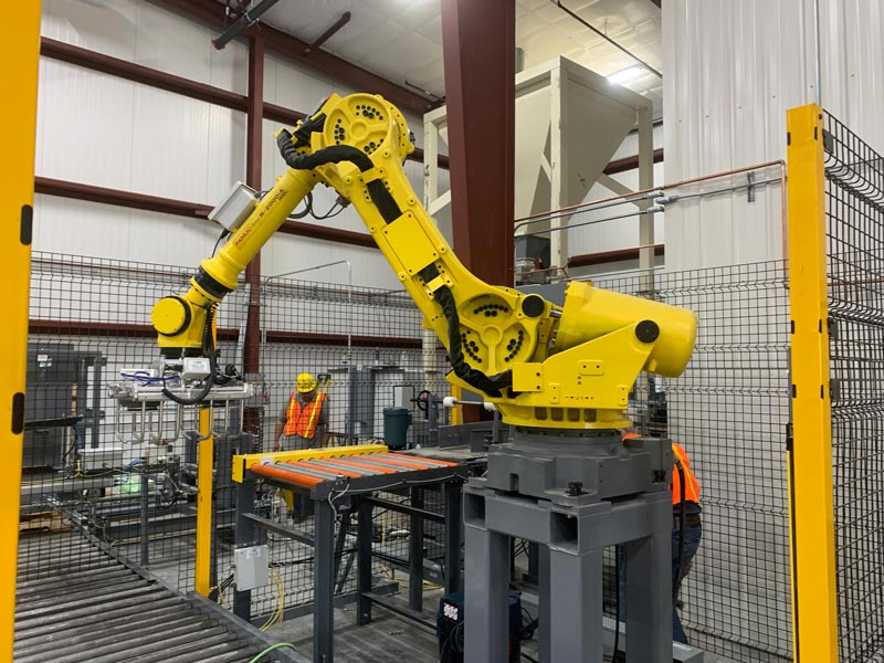 fanuc bag palletizing robot in an automatic palletizing system